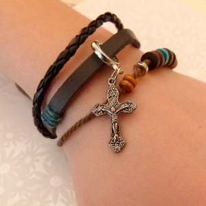 Leather Bracelet Style 4 - Cross