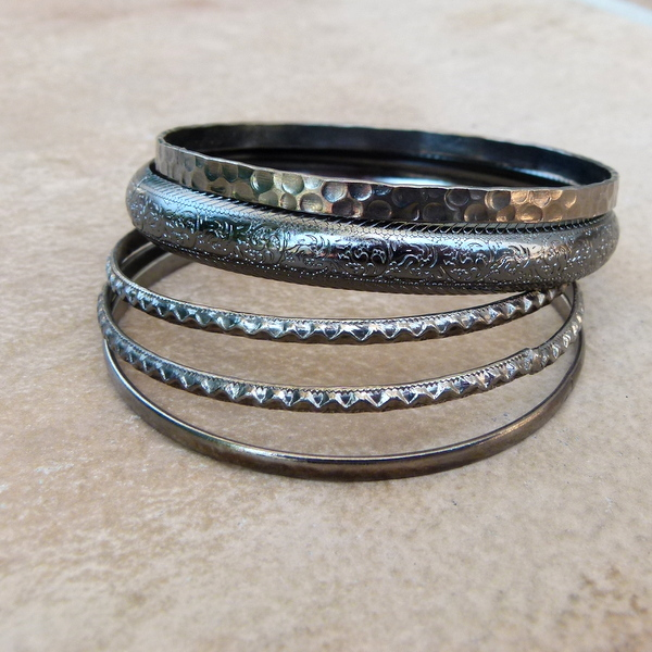 5Pc Shades of Gunmetal Bangle LIL269 R40 (2)