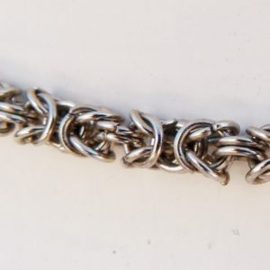 Choker Chainmaille Necklace Detail
