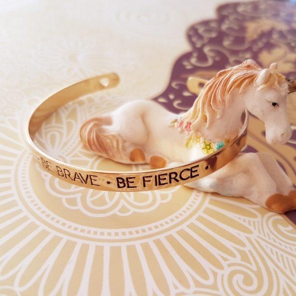Phrase Bangle Be Brave Be Fierce